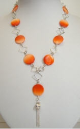 Collier nacre orange