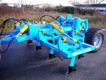 Outil du travail agronomique Spass repliable hydrauliquement