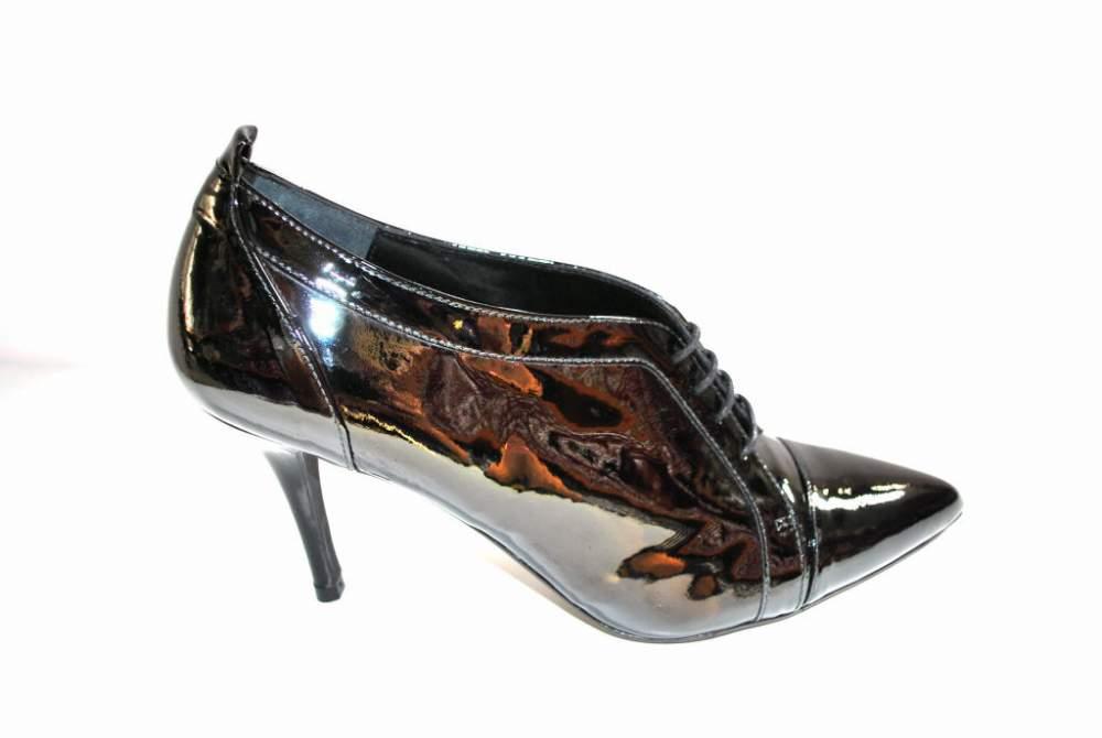 Escarpin low boots cuir verni noir chaussure femme