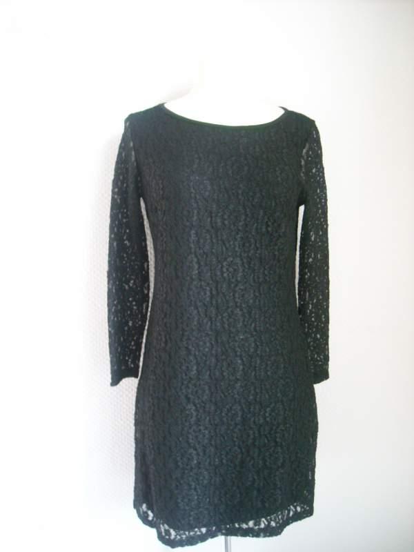 Robe dentelle noire Faust T 2