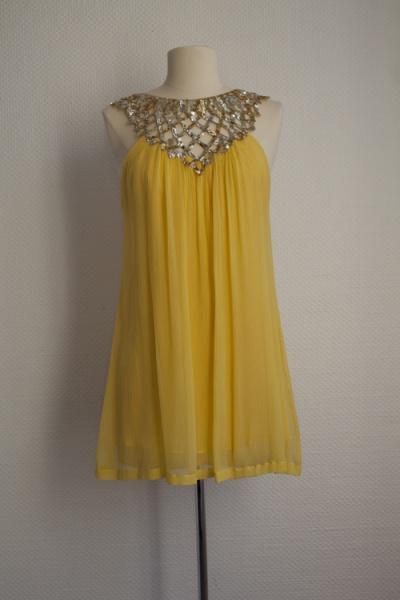 Robe jaune et or BCBG Maxazria T36