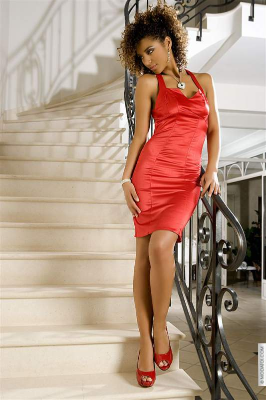 Robes (42)XL - Robes coralie taille:42 couleur:Rouge - ref: V5543-42