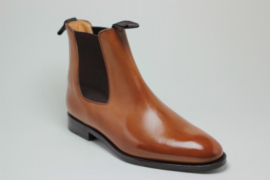 Acheter Boots Basile: Forme 198 en Box Marron Clair