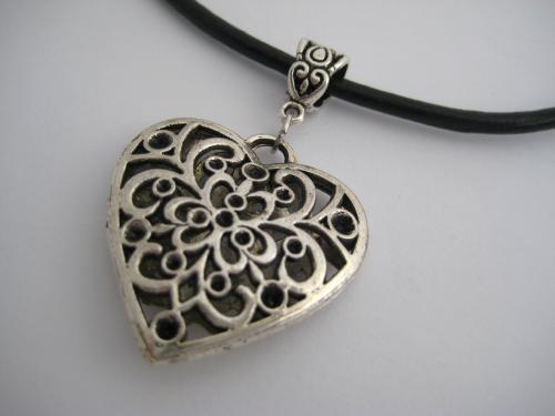 Collier cordon cuir pendentif argent coeur