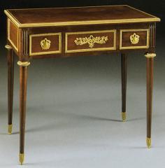 """Petit Bureau de style Louis XVI """"Reproduction Fischer"""" - Réf. 649"""
