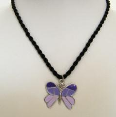 Collier enfant pendentif papillon