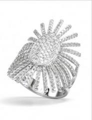 Bague Soleil Impérial Or Blanc et Diamants REF. BU01829DXG