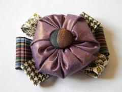 Broche en tissus et rubans - Athémys Kratz - ID de la création : 426024