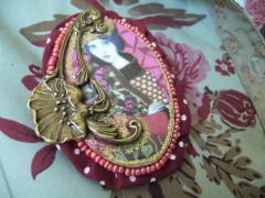Broche créateur 'Divine diva' - ID de la création : 550557