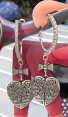 Boucles d'oreilles coeur argenté 'Coeurs'