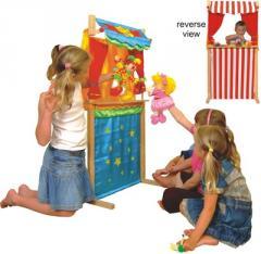 Théâtre de marionnettes et magasin