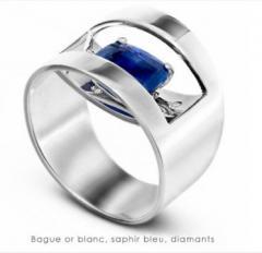 Bague or blanc, saphir bleu, diamants