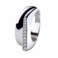 Bague Success petit modèle en or gris pavée de diamants