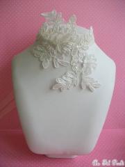 Collier mariée dentelle et accessoires mariage dentelle