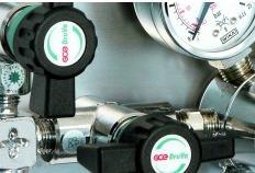 Accumulators for gas