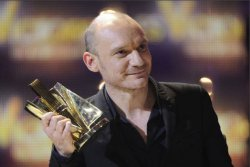 Gaëtan Roussel triplement récompensé aux Victoires de la musiq