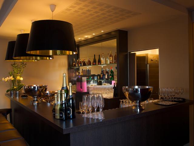 Commande Bar