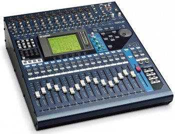 Commande Consoles de mixage Yamaha 01V96