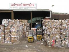 Récupération cartons et plastiques